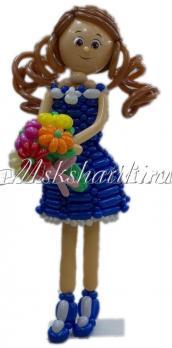 """Фигура из шаров """"Девочка в синем платье"""""""